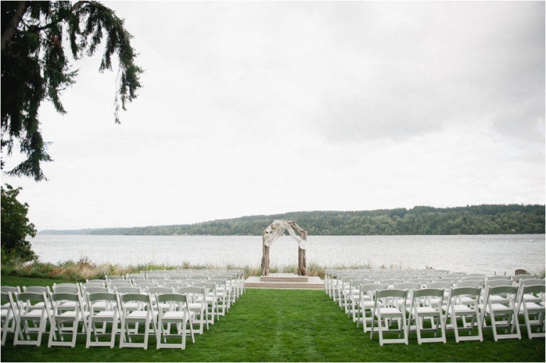 Kitsap peninsula wedding at the edgewater house meredith for The edgewater house